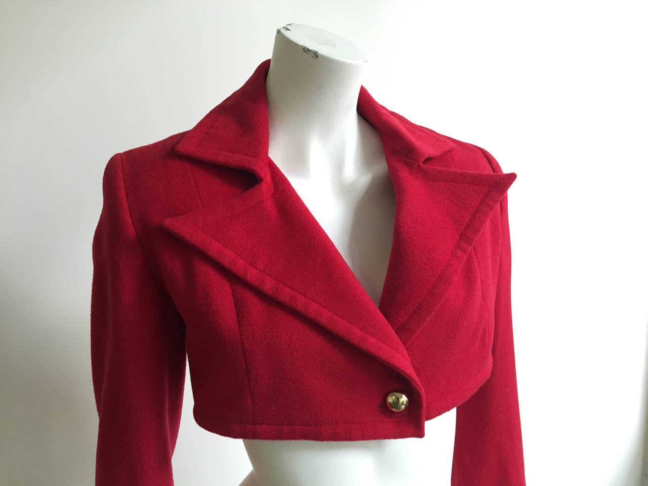 Patrick Kelly Paris 1988 red wool cropped jacket size 6 made in France. 