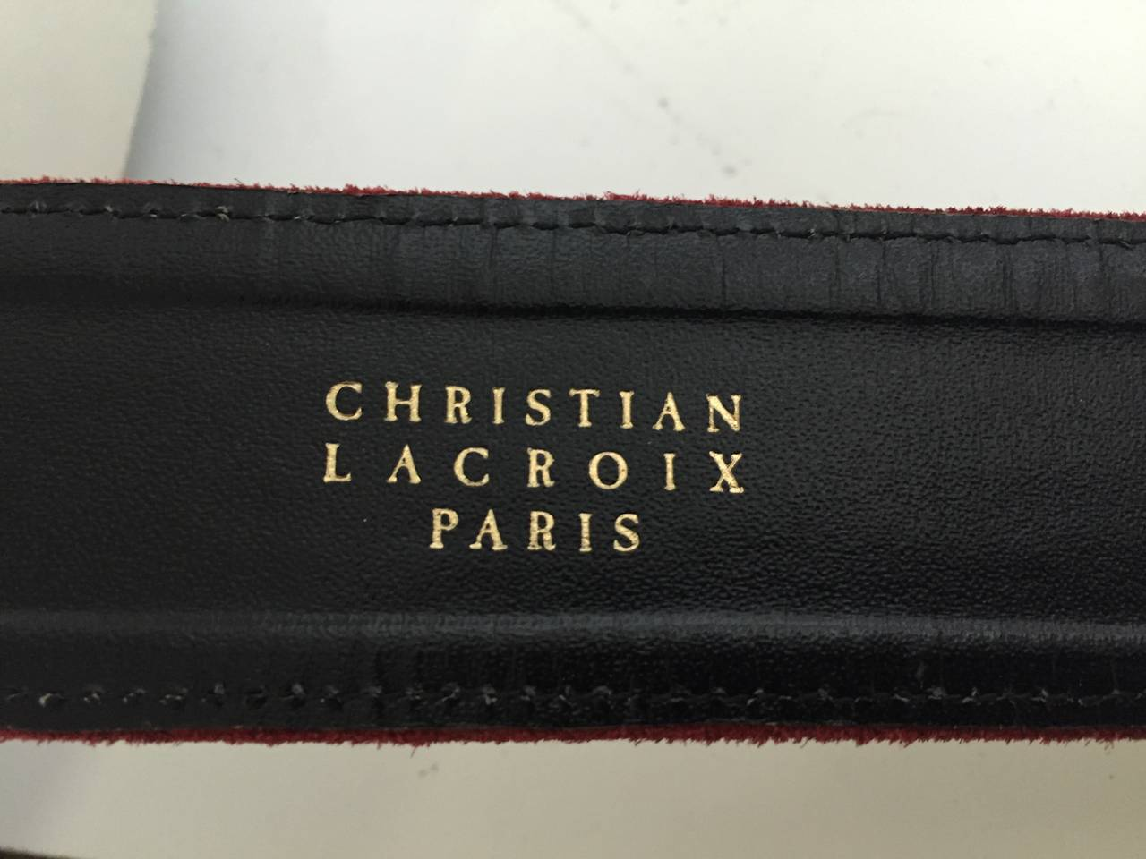 Christian Lacroix 1980s suede belt size 4. For Sale 1