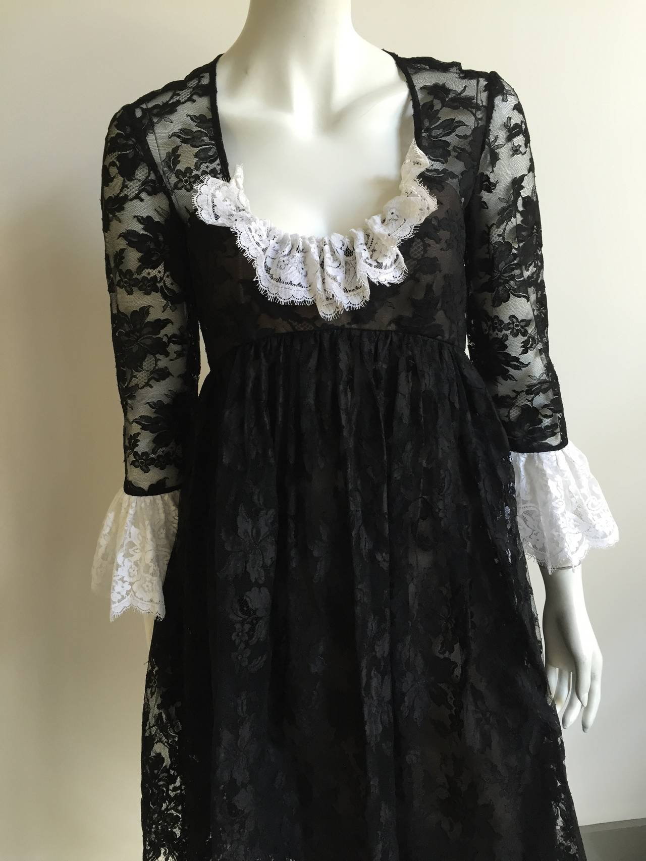 Bill Blass 60s Lace Cocktail Evening Dress Size 6. 2