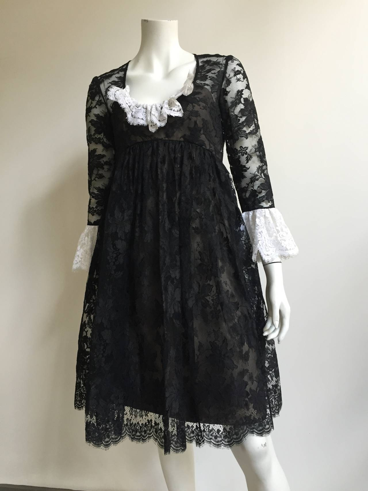 Bill Blass 60s Lace Cocktail Evening Dress Size 6. 9