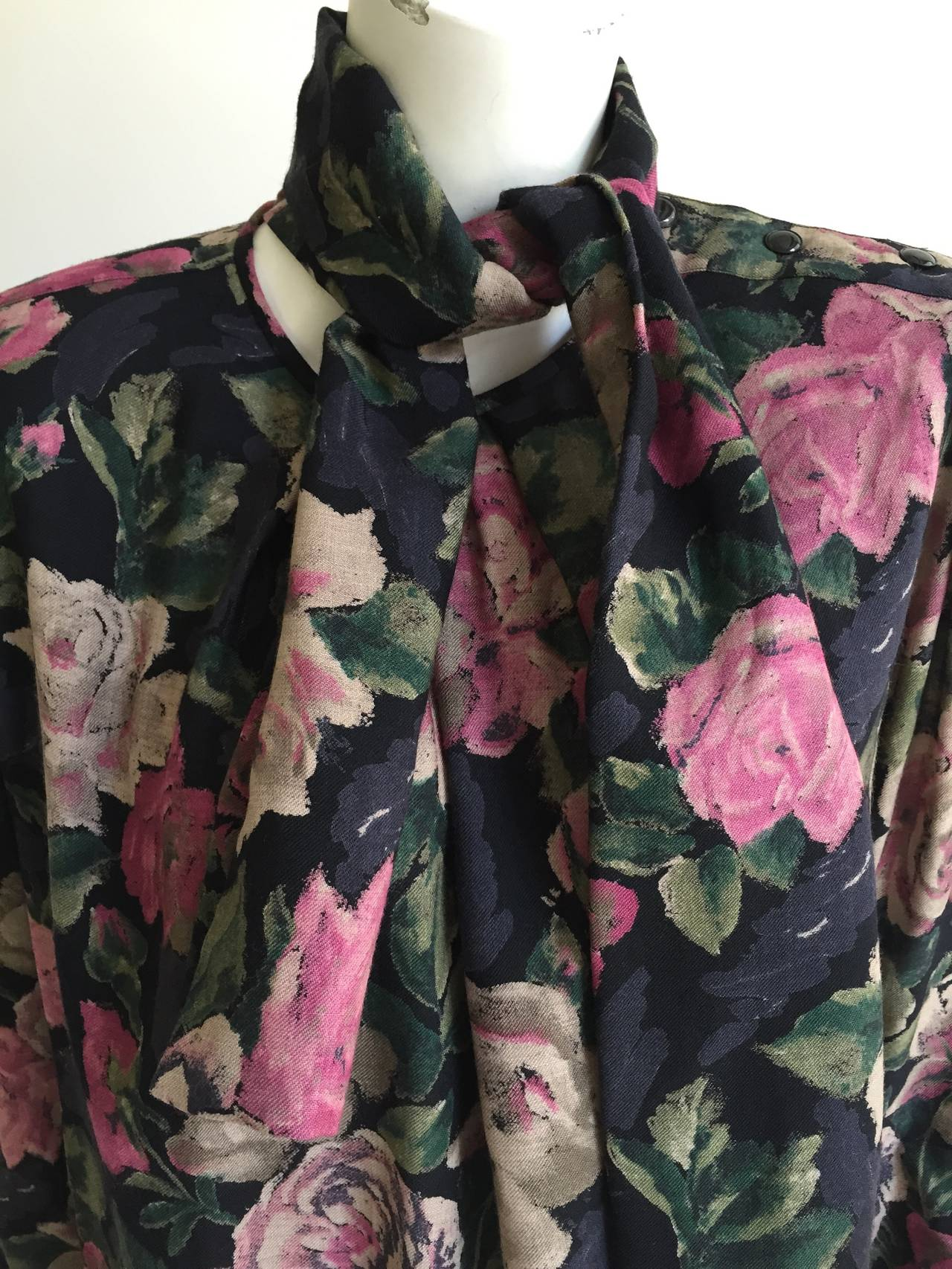 Ungaro Floral Dress With Pockets Size 10. For Sale 1