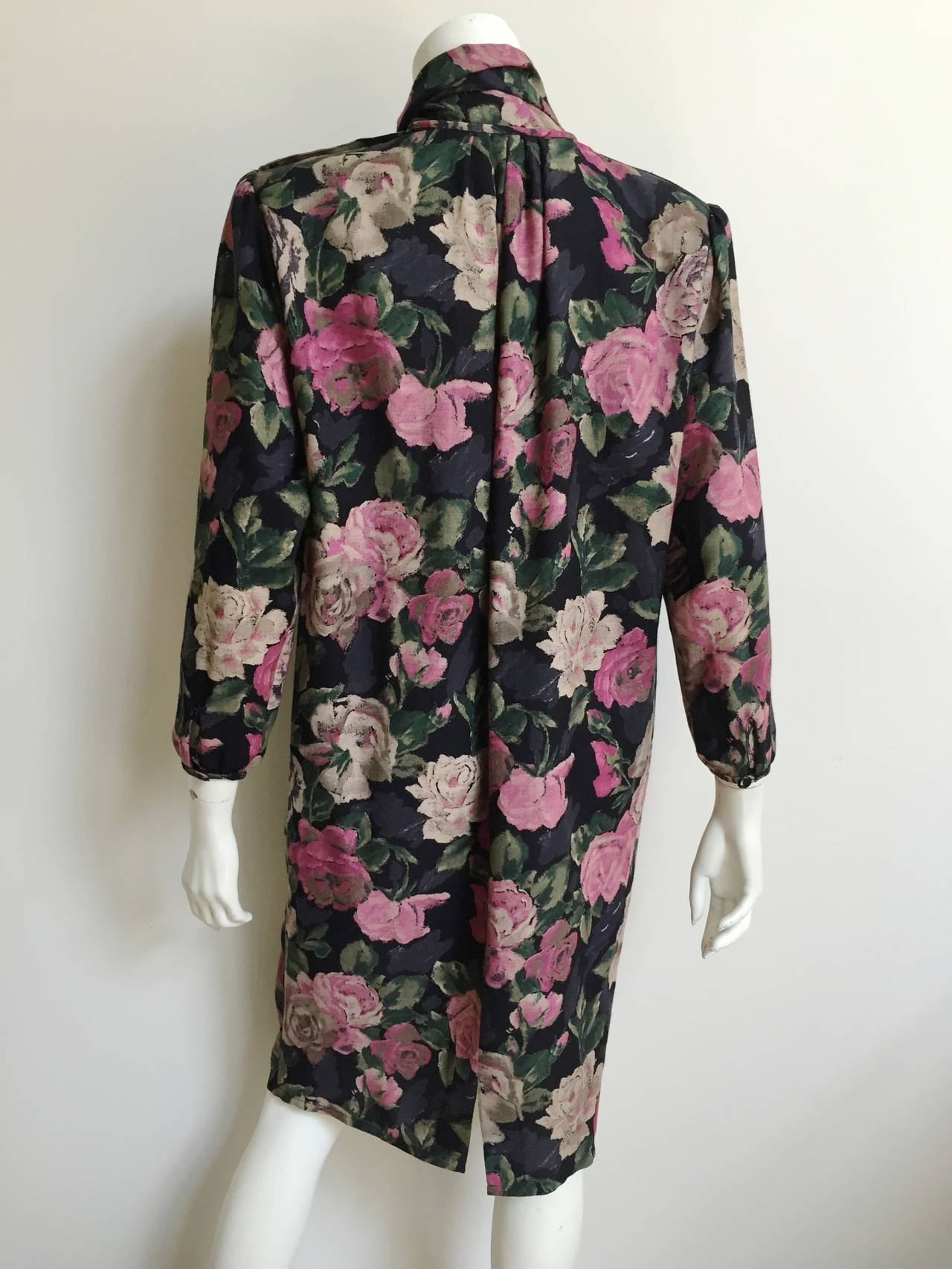 Ungaro Floral Dress With Pockets Size 10. For Sale 3