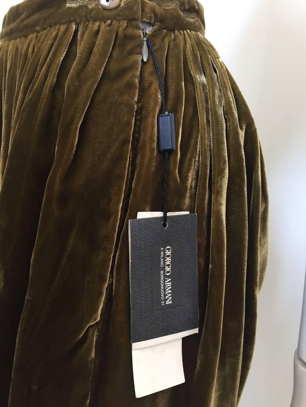Giorgio Armani Velvet Bloomers Size 4. 8
