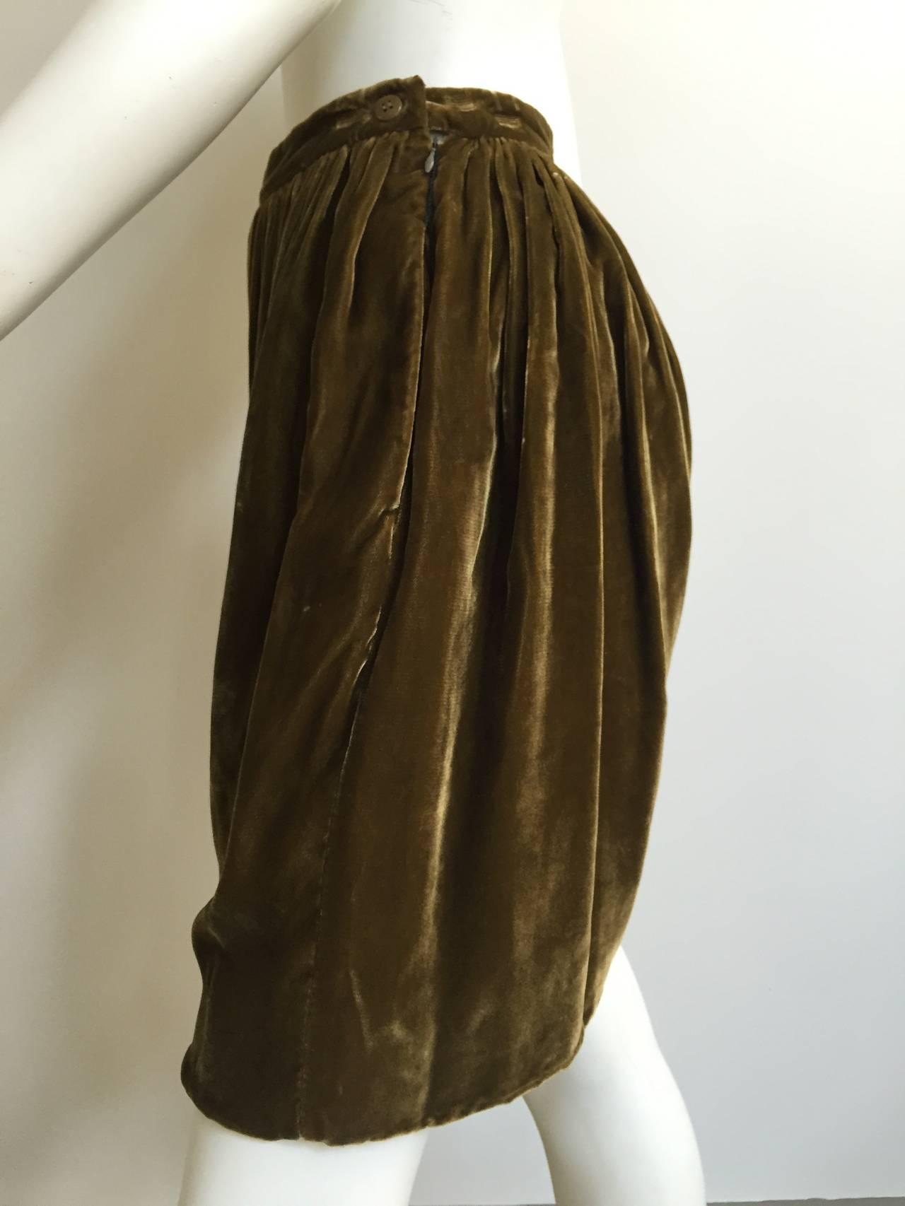 Giorgio Armani Velvet Bloomers Size 4. 4