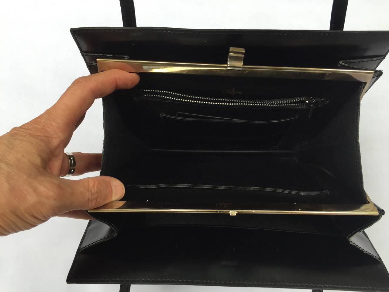Loewe 60s black leather handbag. 8