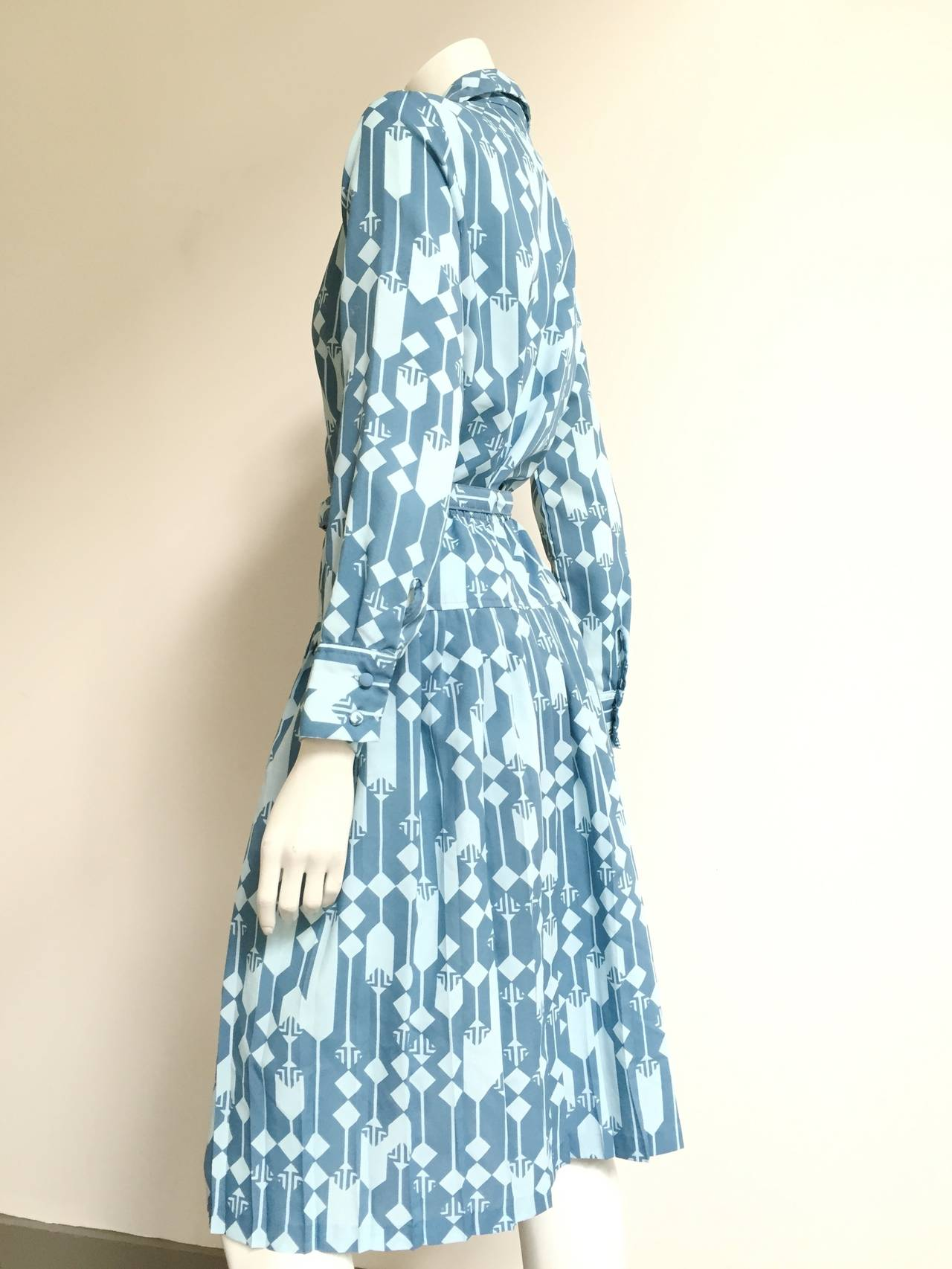 Lanvin Blouse, Skirt & Belt Dress Set Size 8. In Good Condition For Sale In Atlanta, GA