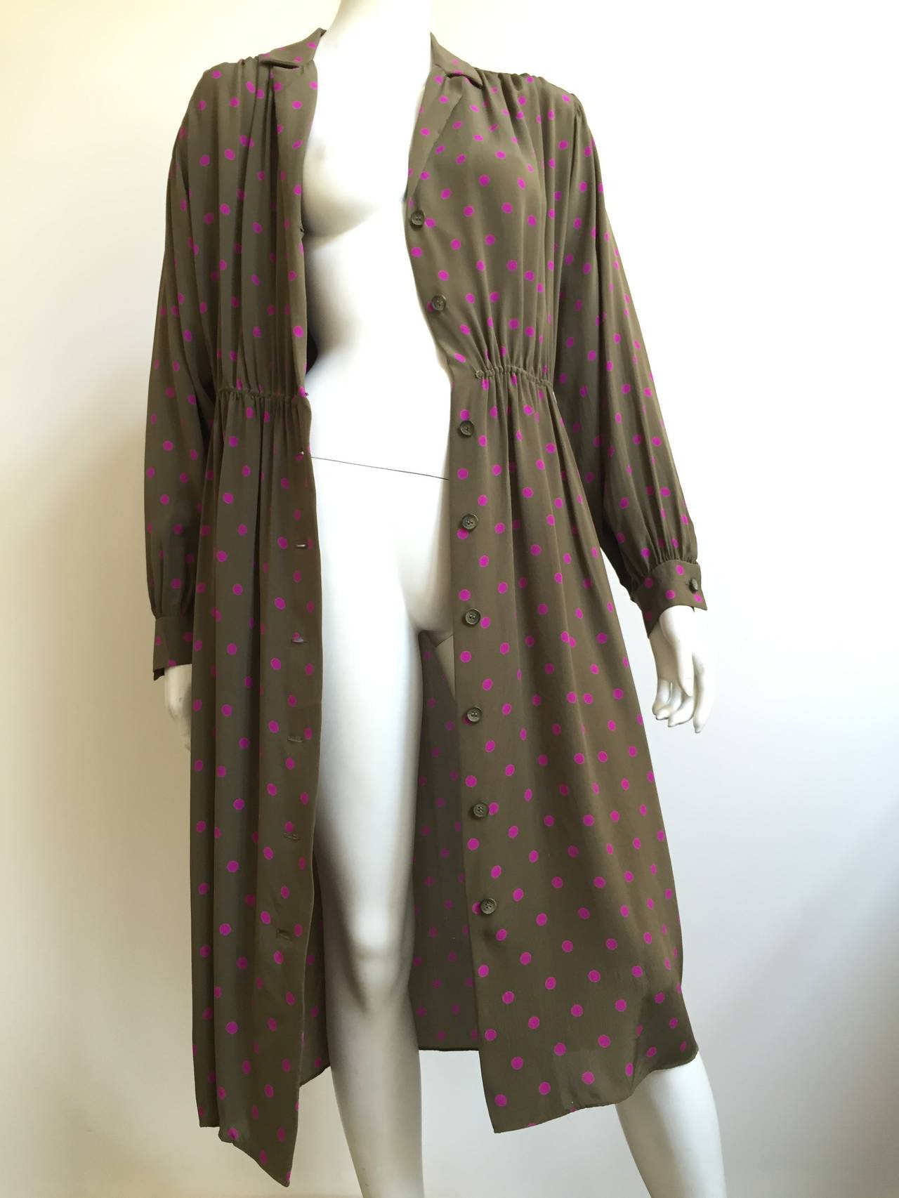 Bill Blass 70s Silk Dress With pockets Size 8. 8
