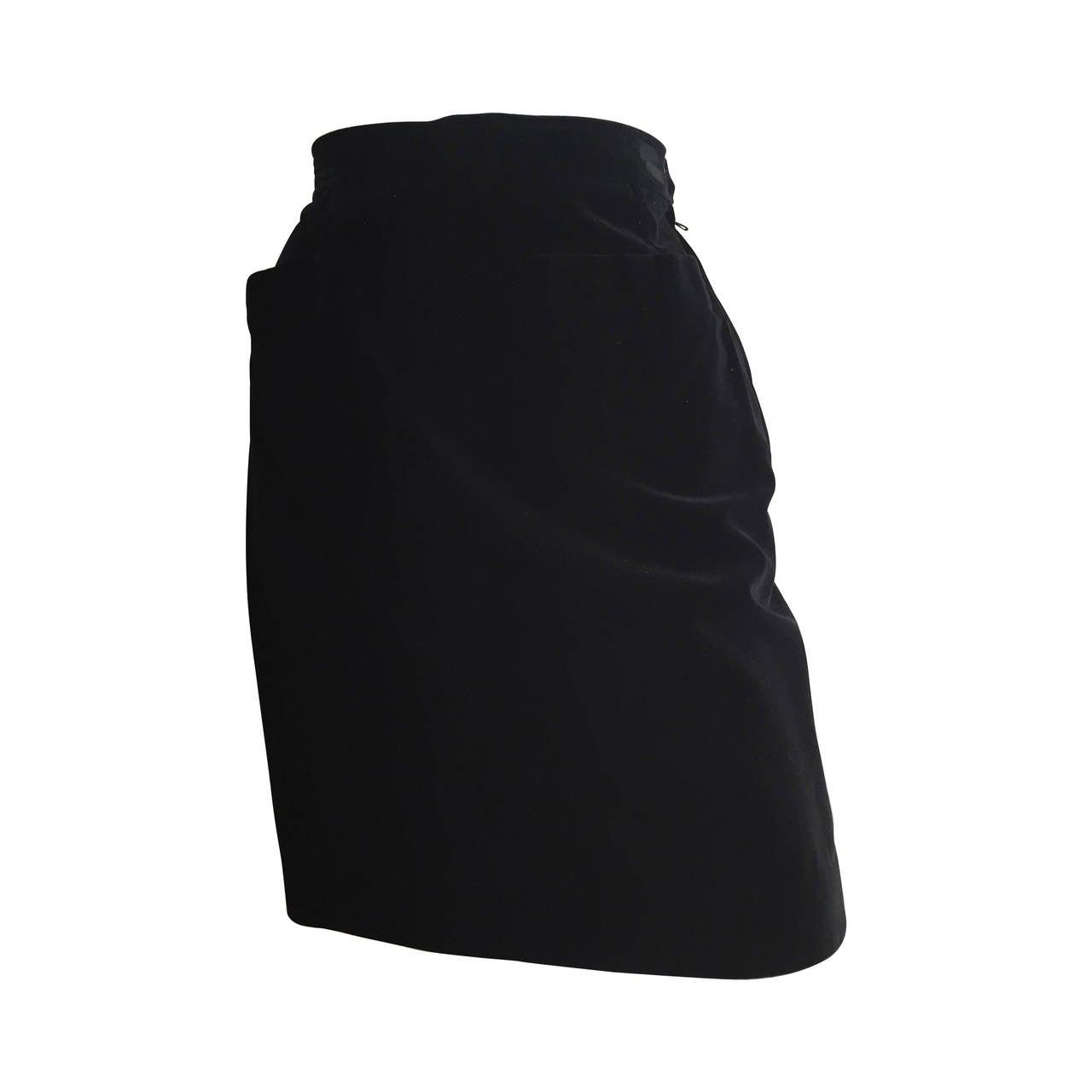 Saint Laurent Rive Gauche 1980s Black Velvet skirt Size 6.