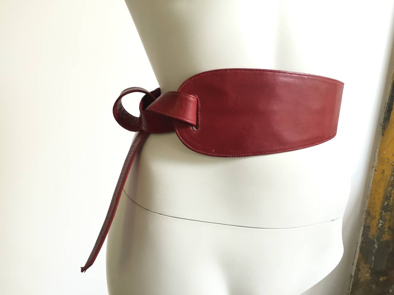 Alexis Kirk 80s red leather tie belt. 2