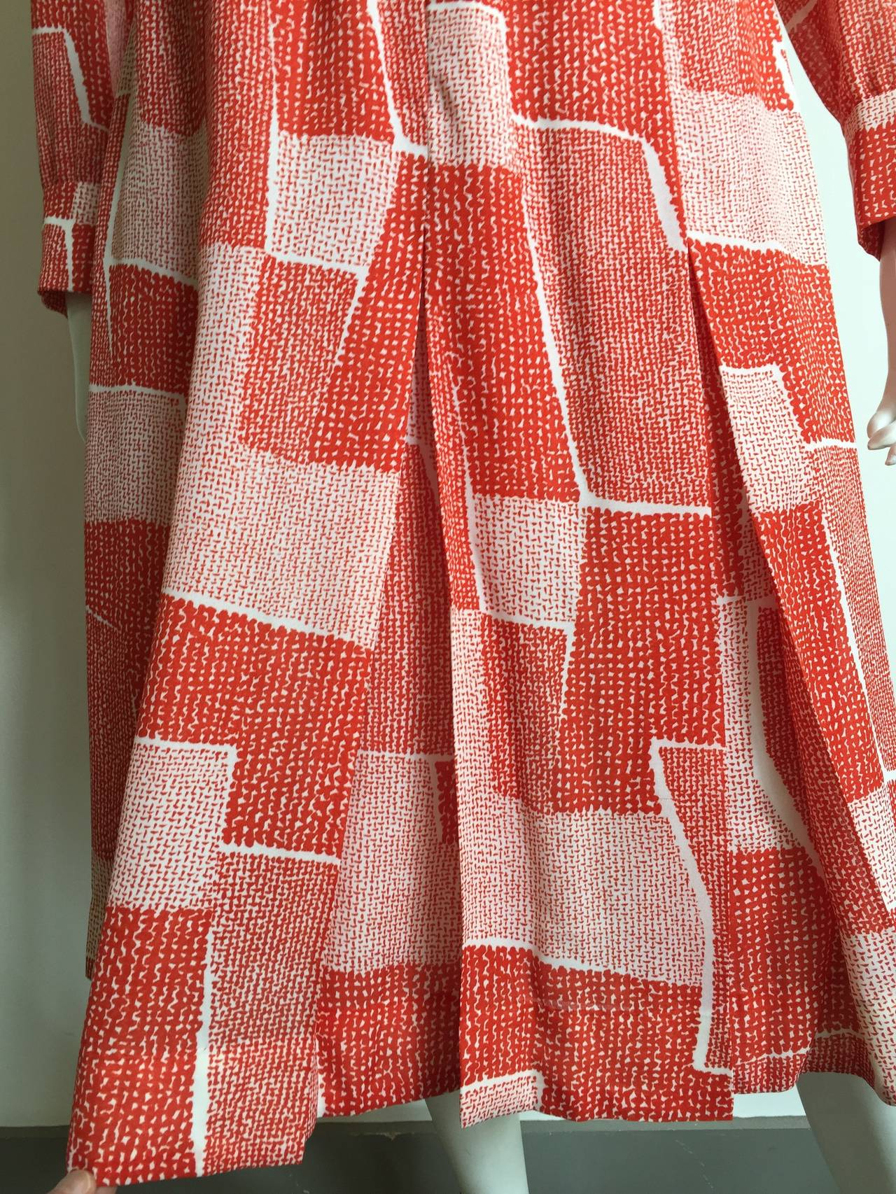 Pink Adele Simpson 70s Dress Size 8. For Sale
