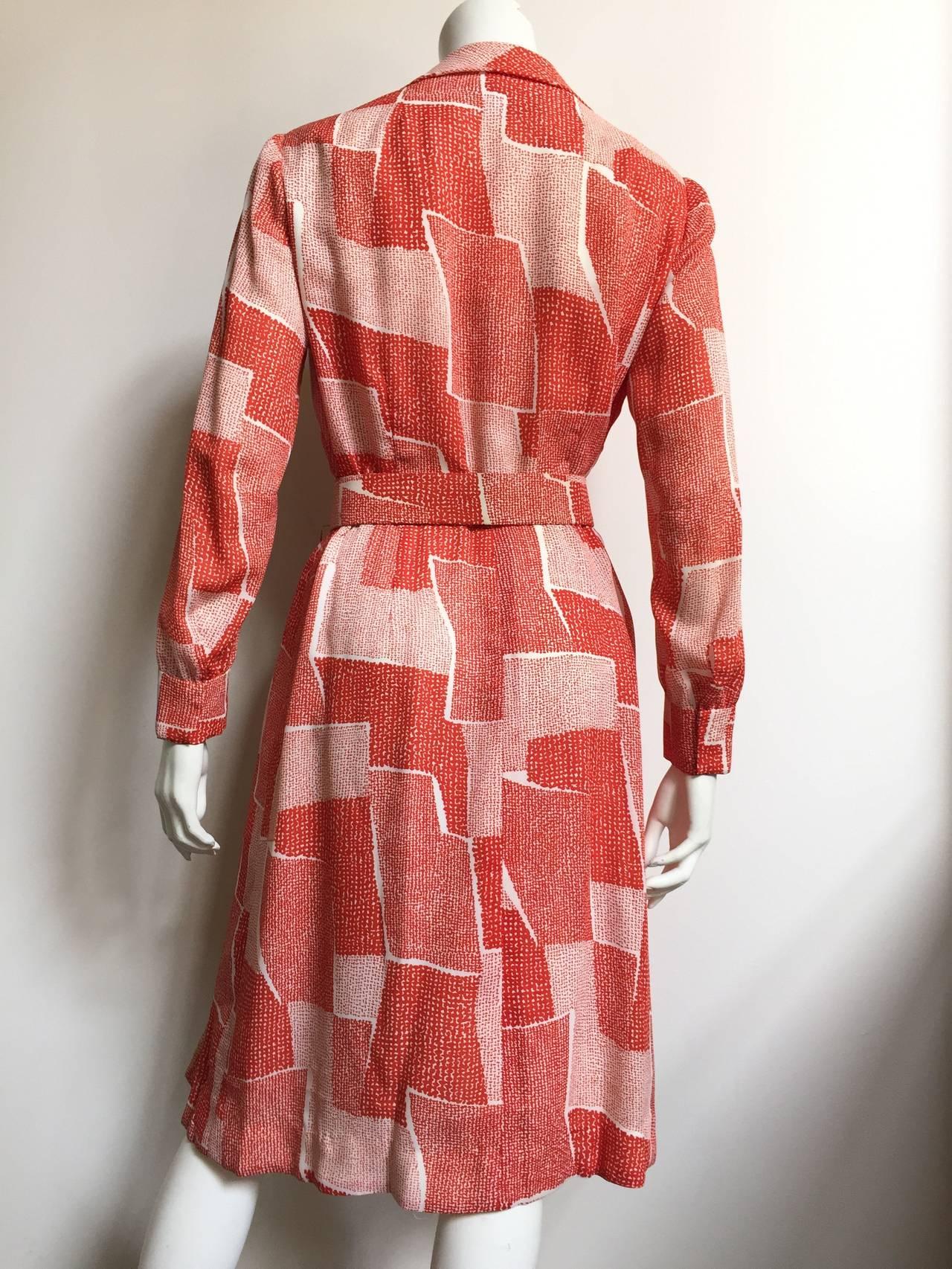 Women's Adele Simpson 70s Dress Size 8. For Sale