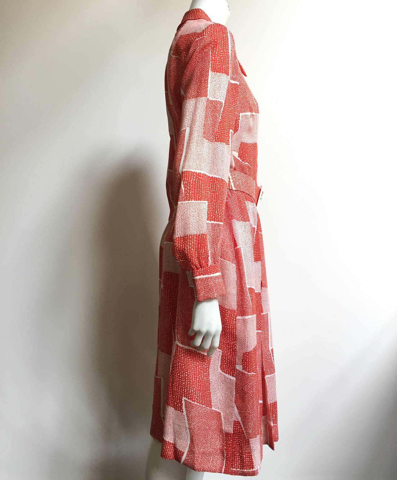 Adele Simpson 70s Dress Size 8. For Sale 1
