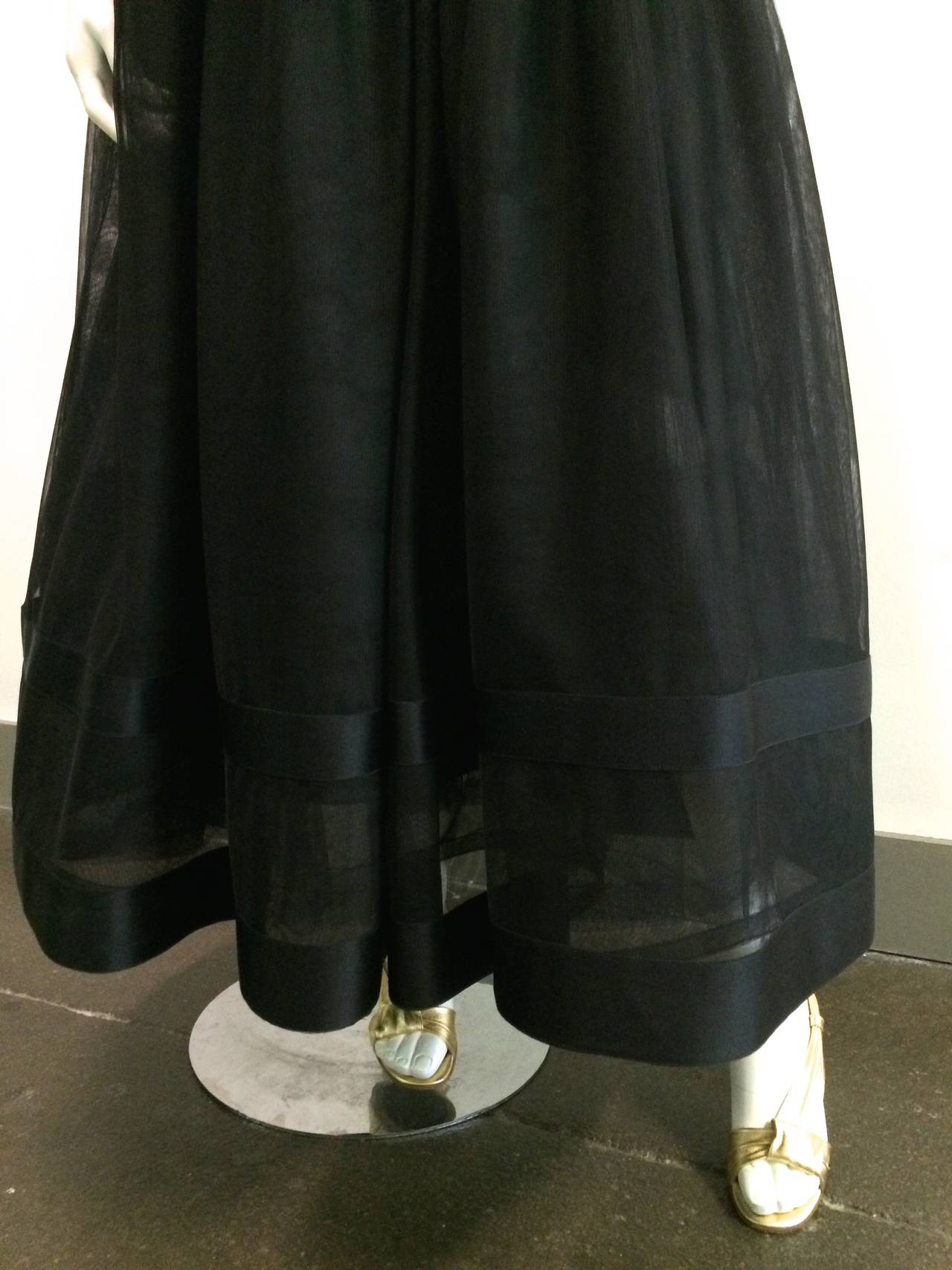 Women's Chanel 1985 silk and tulle ball gown size 0. For Sale