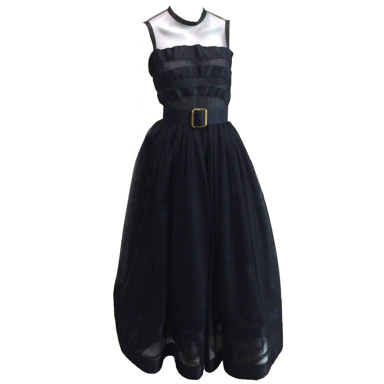 Chanel 1985 silk and tulle ball gown size 0. For Sale