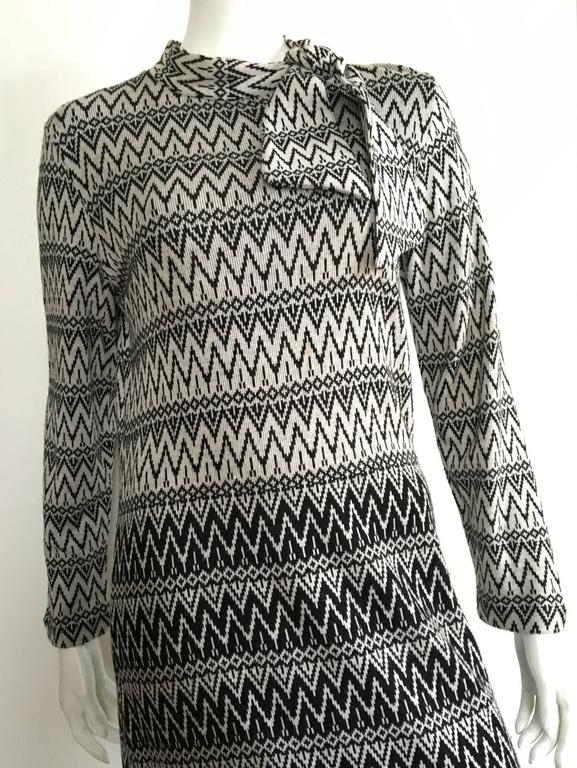 Susan Small 70s Chevron Long Knit Maxi Dress Size 6/8. 2