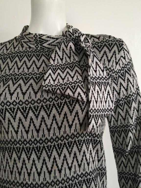 Susan Small 70s Chevron Long Knit Maxi Dress Size 6/8. 4
