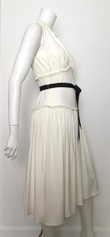 Vera Wang 90s Sleeveless Dress Size 8. 4