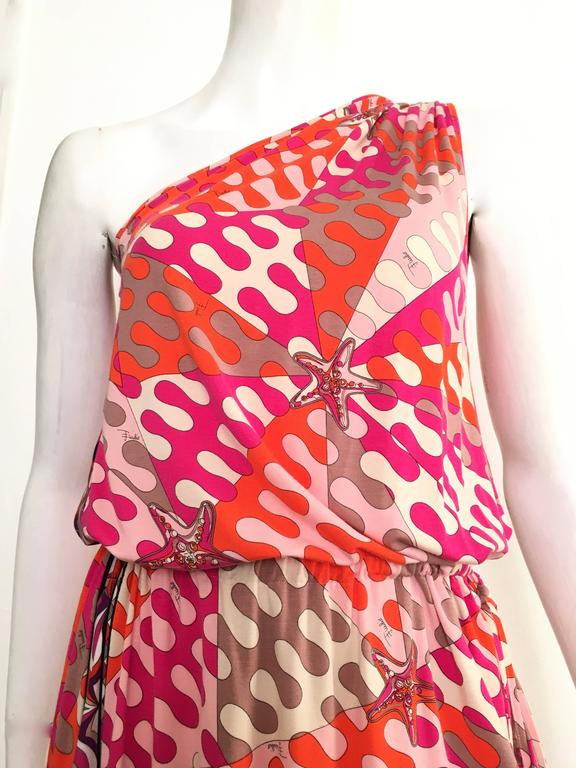 Emilio Pucci whimsical starfish pattern off the shoulder knit dress is a size 6.  Ladies please grab your tape measure so you can properly measure your bust, waist & hips to make certain this gorgeous playful dress will fit you to perfection.