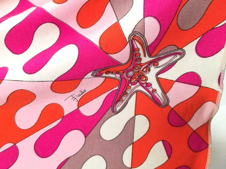 Women's or Men's Emilio Pucci Starfish Off The Shoulder Dress Size 6.  For Sale