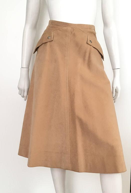 Courreges 1970s Khaki Corduroy A-Line Skirt With Pockets Size 4. 10