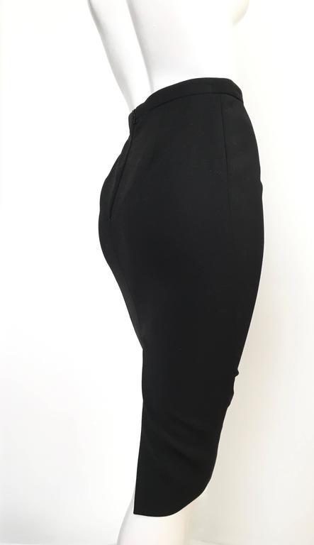 Gucci Black Pencil Skirt Size 4 / 38. In Excellent Condition For Sale In Atlanta, GA