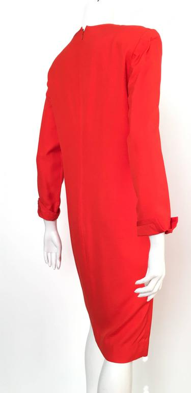 Women's or Men's Carolina Herrera 1980s Silk Dress Size 10. For Sale