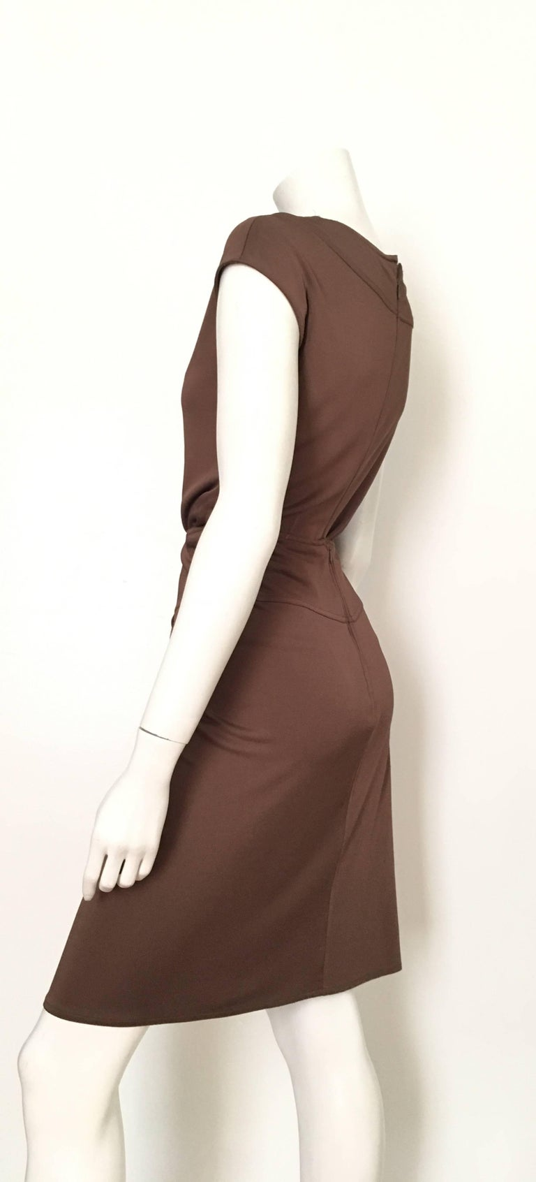 Bill Blass 2007 Brown Jersey Top & Skirt with Pockets Size 6. For Sale 1