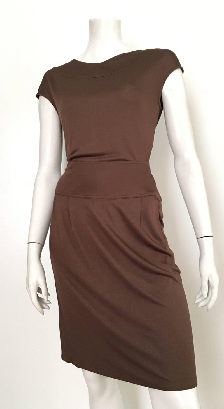 Bill Blass 2007 Brown Jersey Top & Skirt with Pockets Size 6. For Sale 2