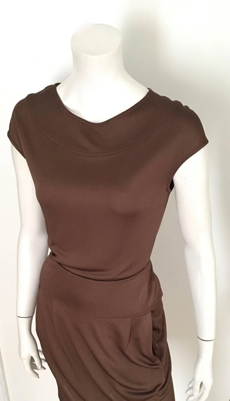 Bill Blass 2007 Brown Jersey Top & Skirt with Pockets Size 6. For Sale 4