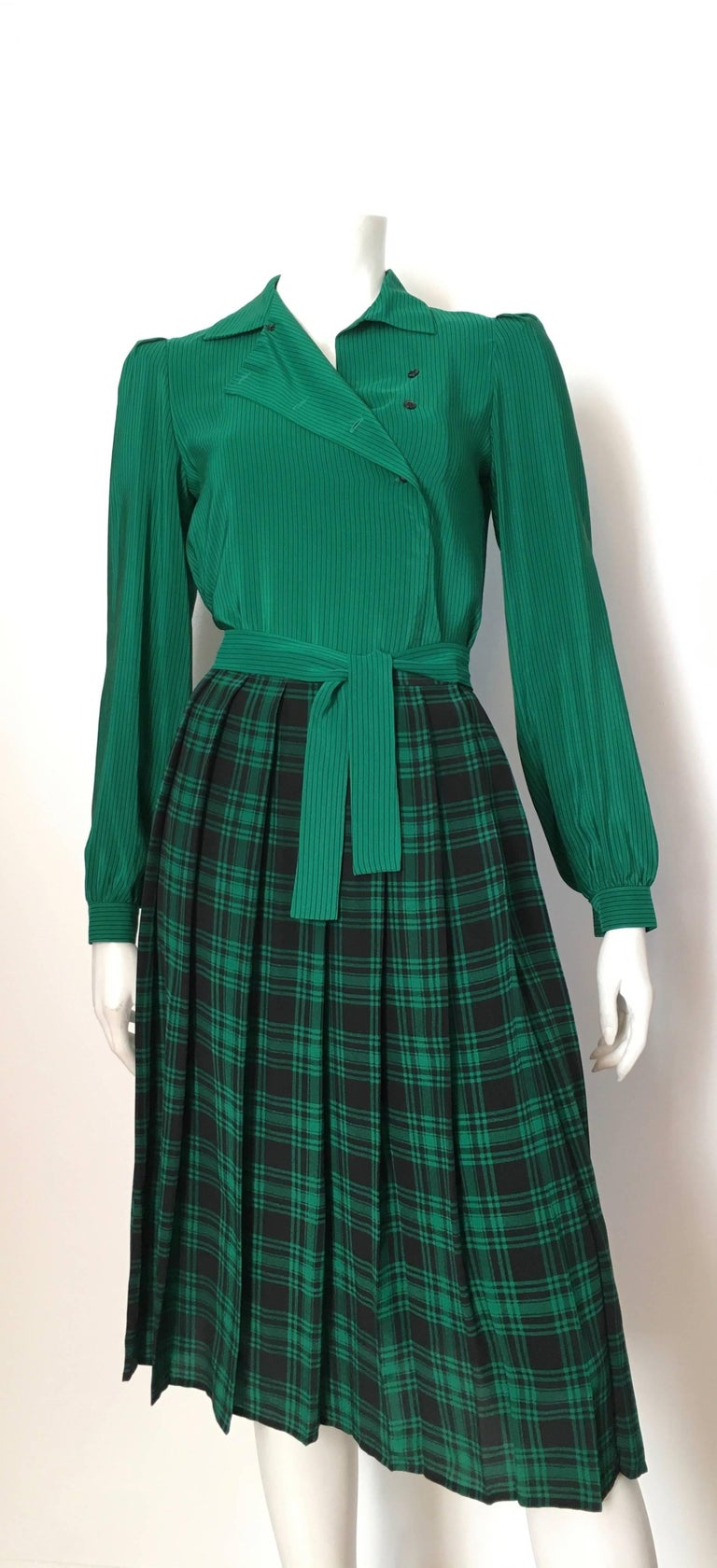 Oscar de la Renta 1980s Silk Striped Blouse & Plaid Pleated Skirt Size 4. For Sale 2