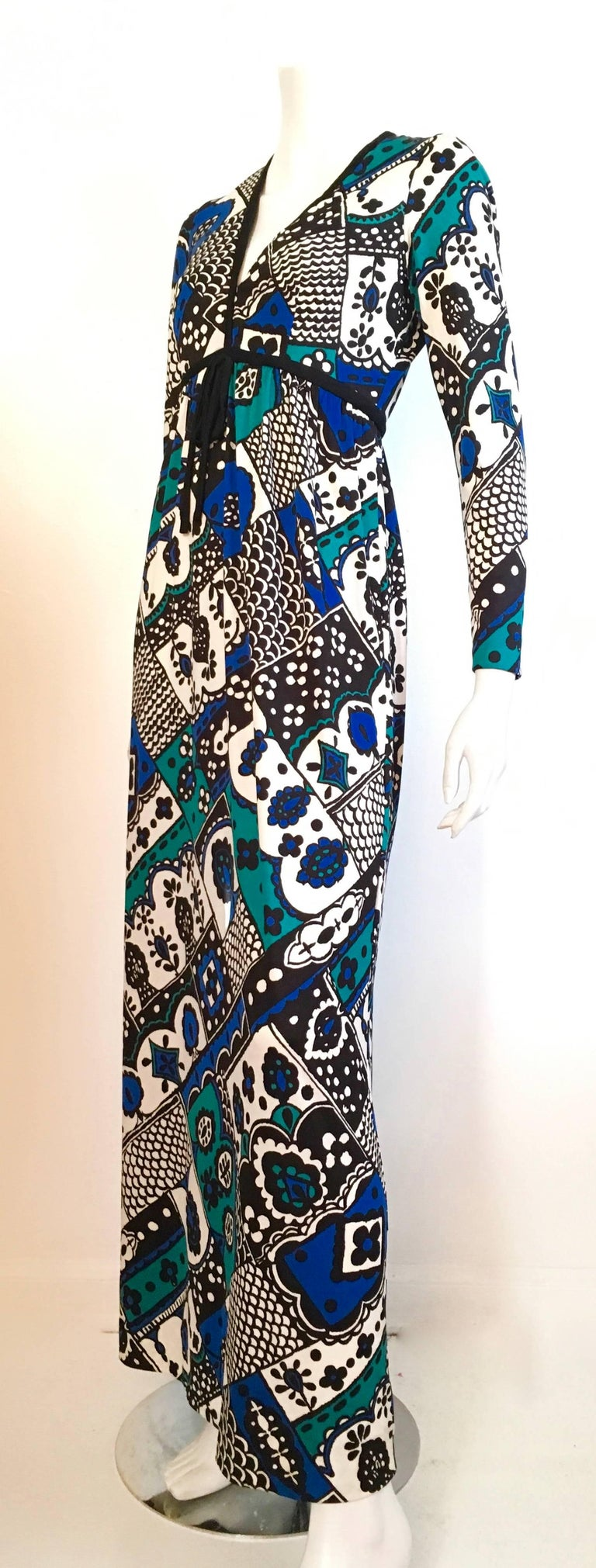 Young Dimensions for Saks Fifth Avenue MOD Maxi Dress Size 4. For Sale 2