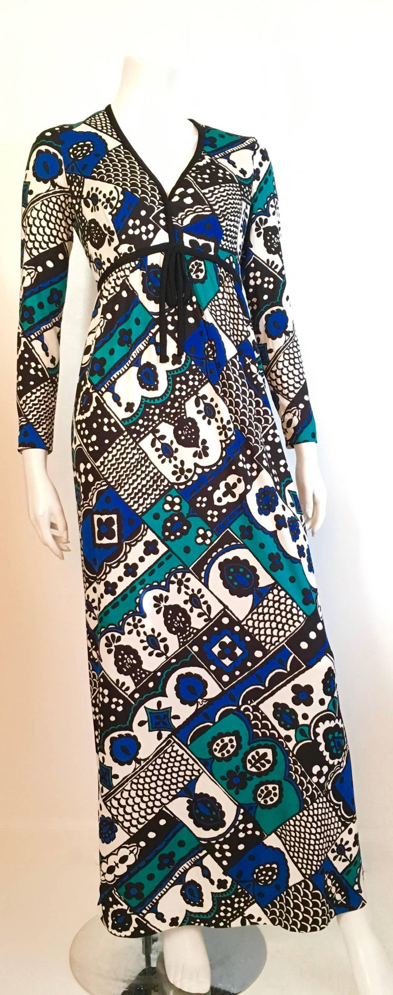 Young Dimensions for Saks Fifth Avenue MOD Maxi Dress Size 4. For Sale 3