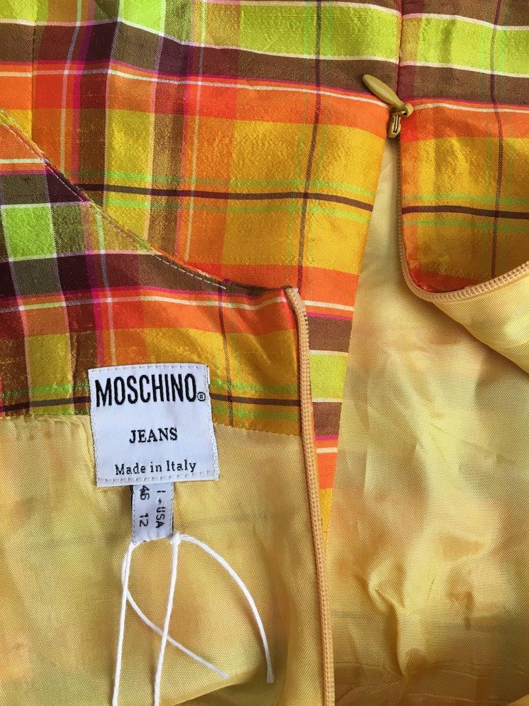 Moschino Silk Plaid Sleeveless Dress Size 10. For Sale 5