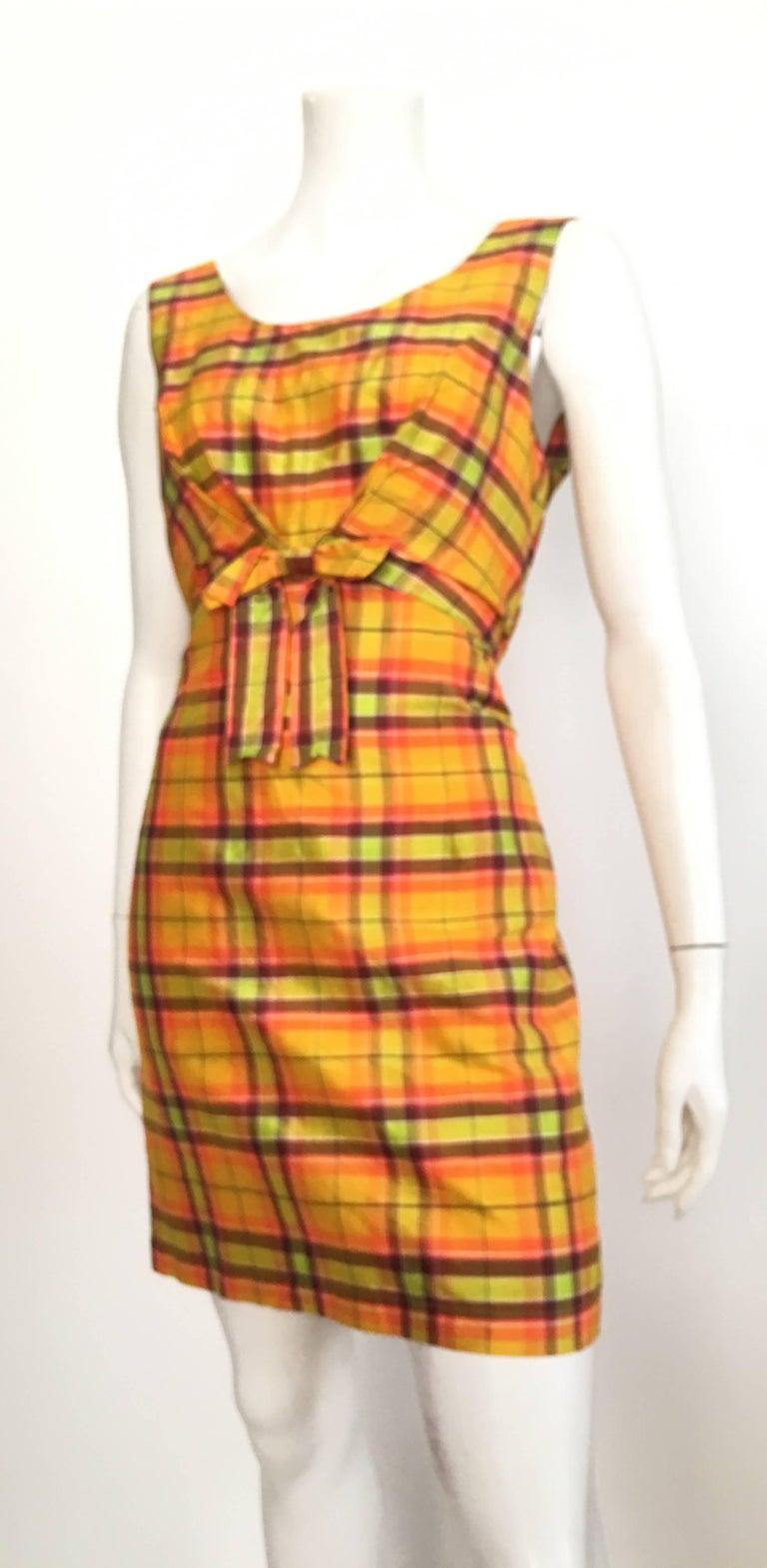 Moschino Silk Plaid Sleeveless Dress Size 10. For Sale 2