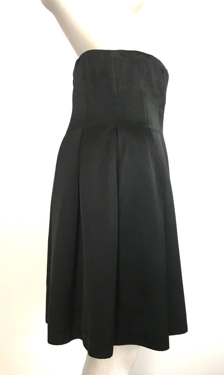 Patrick Kelly Paris 1980s Black Pleated Skirt Size 6. In Excellent Condition For Sale In Atlanta, GA