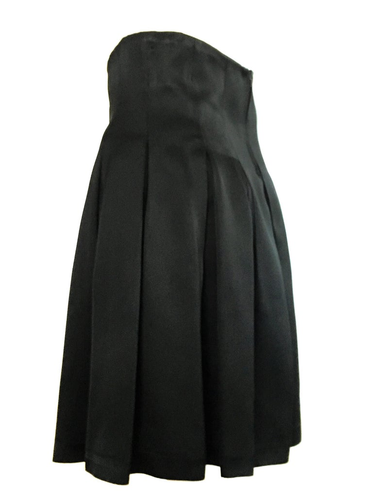 Patrick Kelly Paris 1980s Black Pleated Skirt Size 6. For Sale 4