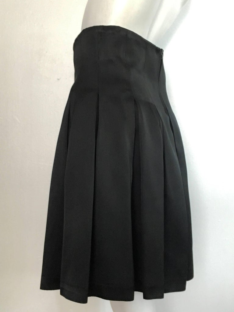 Patrick Kelly Paris 1980s Black Pleated Skirt Size 6. For Sale 5