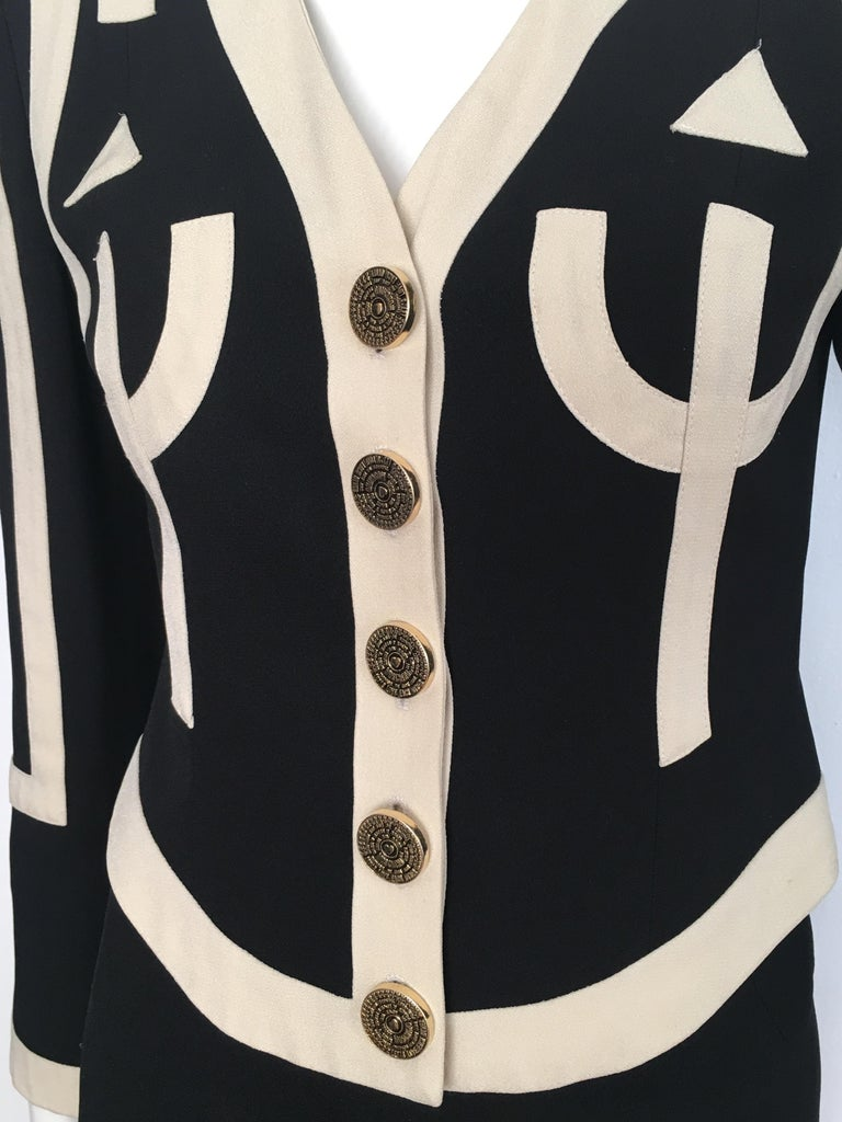 Moschino 1990s Black & Cream Jacket & Skirt Suit Size 4. For Sale 2