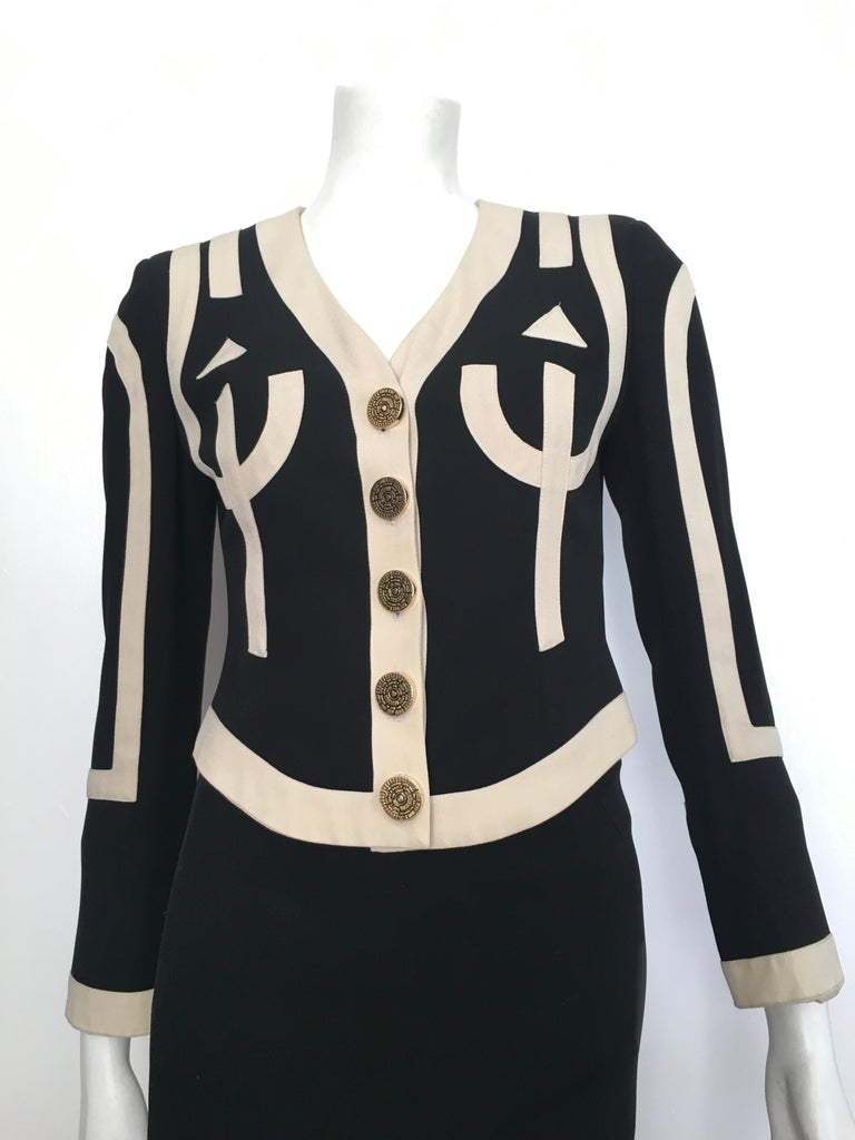 Moschino 1990s Black & Cream Jacket & Skirt Suit Size 4. In Good Condition For Sale In Atlanta, GA