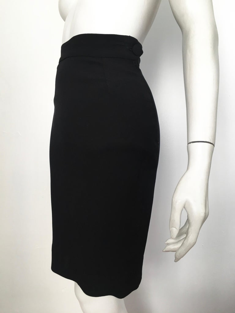 Moschino 1990s Black & Cream Jacket & Skirt Suit Size 4. For Sale 12