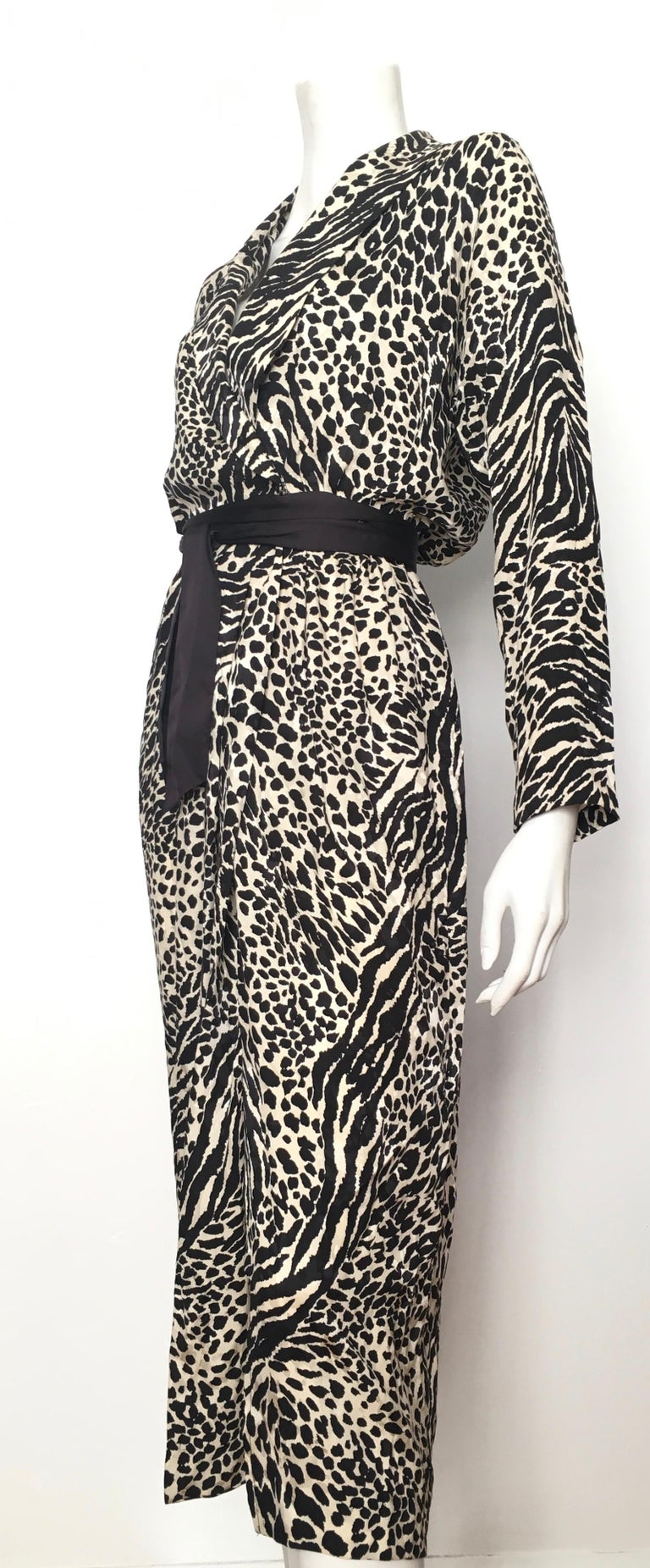 Geoffrey Beene for Lillie Rubin 1980 Animal Print Silk Dress Size 6. For Sale 3