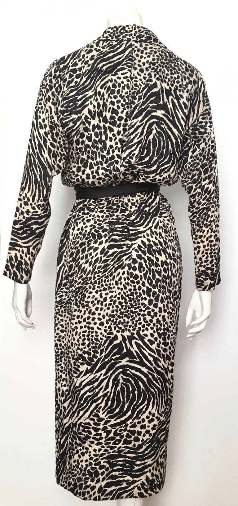 Geoffrey Beene for Lillie Rubin 1980 Animal Print Silk Dress Size 6. For Sale 6