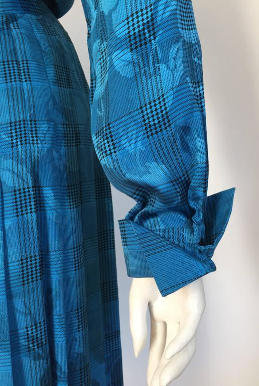 Oscar de la Renta 80s silk blouse & skirt size 4. For Sale 1