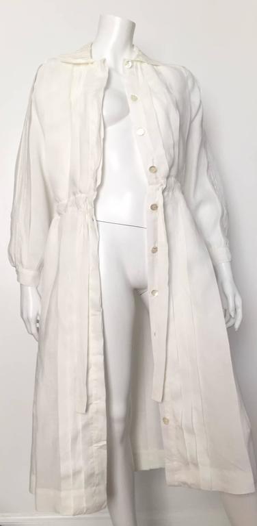 Laura Biagiotti for Bonwit Teller 80s white linen dress size 4 / 6.  For Sale 1