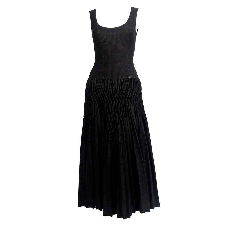 AZZEDINE ALAIA black 'Plissé Abeille' hand pleated dress - unworn