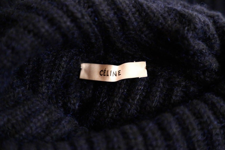 Women's or Men's CELINE by Phoebe Philo cashmere and mohair sweater with split neck & sleeves For Sale