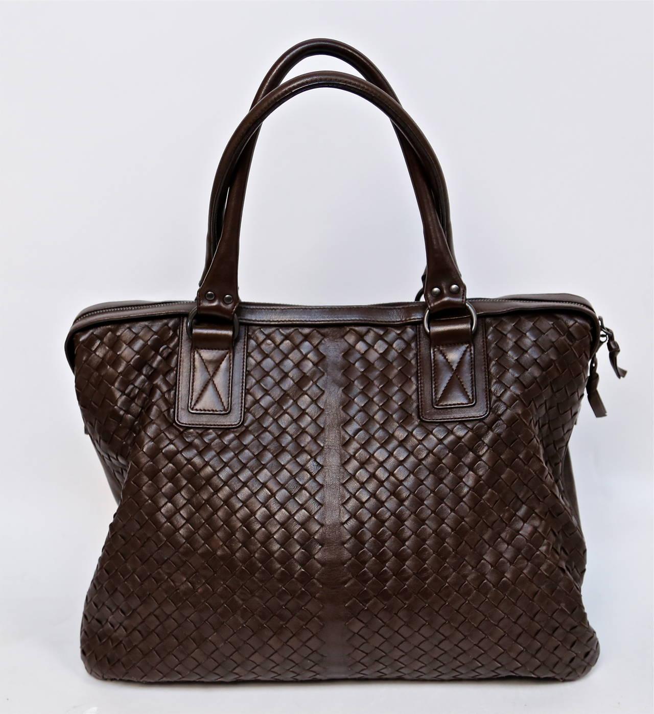 BOTTEGA VENETA oversized brown intrecciato woven leather tote bag 2