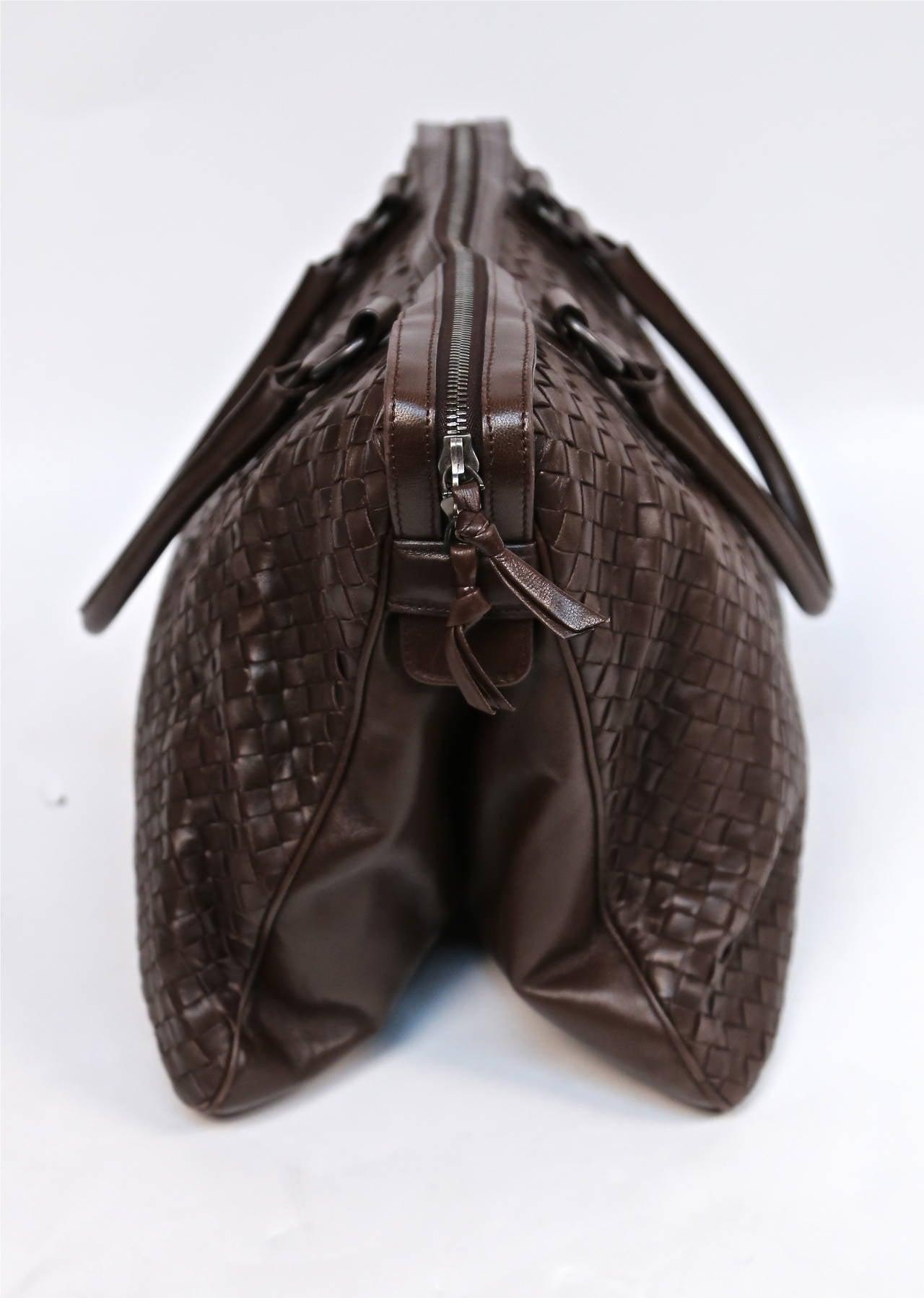 BOTTEGA VENETA oversized brown intrecciato woven leather tote bag 3