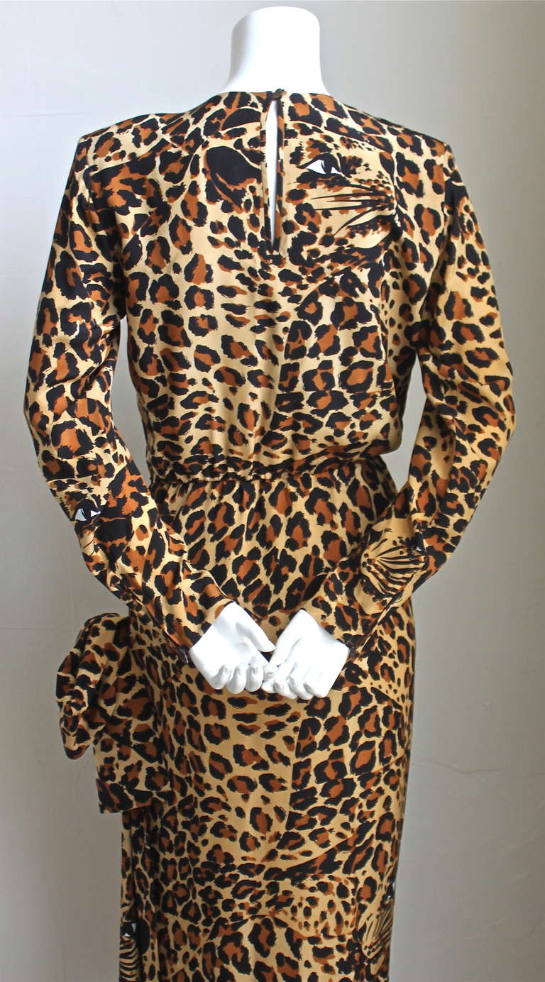Iconic 1986 YVES SAINT LAURENT leopard printed silk dress In Excellent Condition For Sale In Oakland, CA