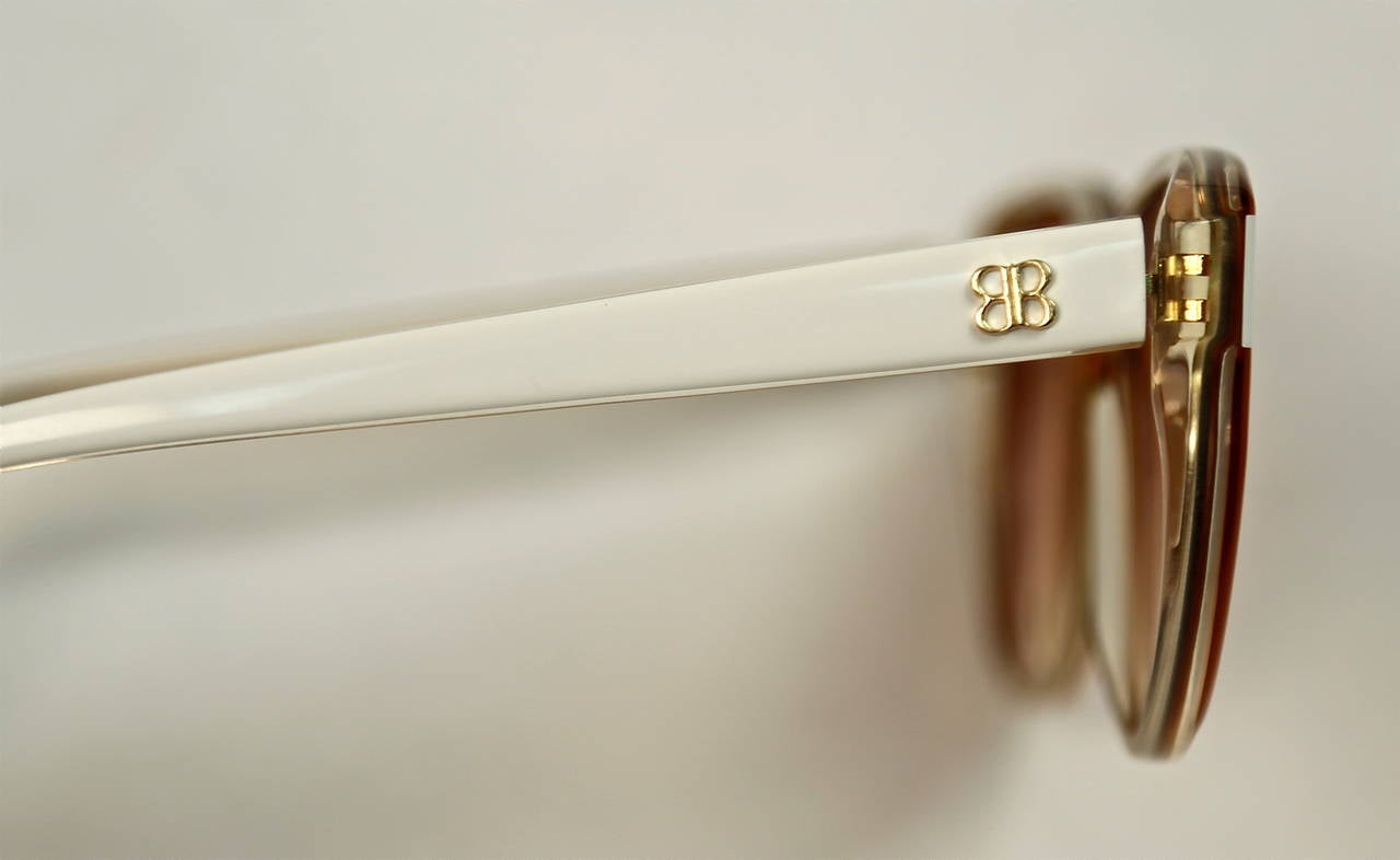 Orange 80's BALENCIAGA transparent champagne & opaque white plastic sunglasses - unworn For Sale